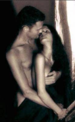 photos de couples en noir et blanc